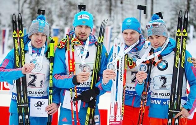 Российские биатлонисты взяли серебро в эстафете пятого этапа Кубка мира