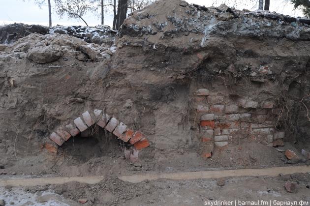 Фрагмент захоронения в Нагорном кладбище