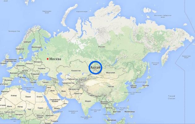 Карта Евразии с Алтаем в центре