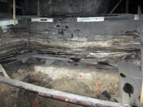 В Денисовой пещере