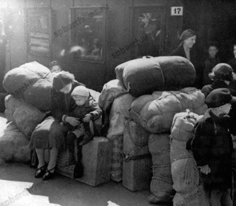 Эвакуация детей из Ленинграда