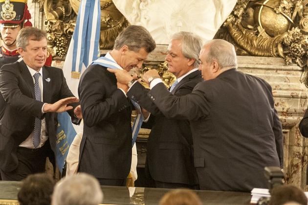 Маурисио Макри загнал Аргентину в долговую кабалу