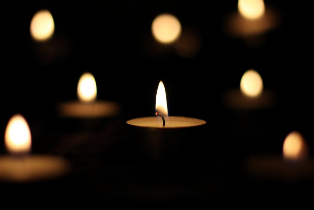Траурные свечи
