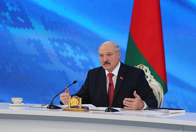 Александр Лукашенко во время пресс-конференции