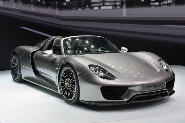 Porsche отзывает из России спорткар за 80 млн рублей