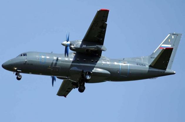 Тихоокеанский флот РФ получил новый транспортный самолёт АН-140-100