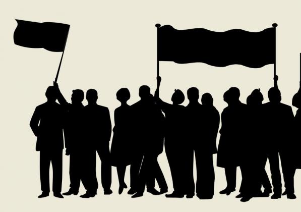 В Самаре и Тольятти митингуют за отставку Меркушкина и против отмены льгот