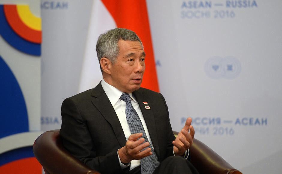 Премьер Сингапура предостерег от искусственных ограничений в мировой торговле