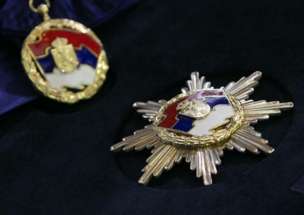 Президент Сербии посмертно наградил Чуркина орденом Сербского флага