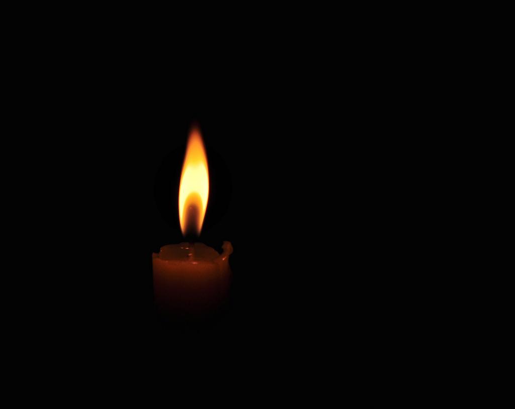 Траурная свеча