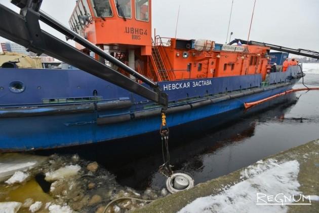 Ледокол «Невская застава» отрабатывает аварийный сценарий