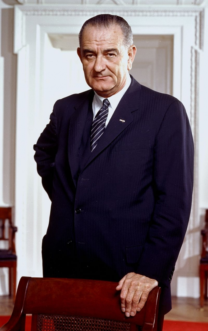 an overview of the early life of lyndon b johnson 36th president of the united states of america