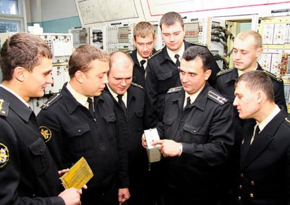 В Обнинске поздравили моряков-подводников с профессиональным праздником