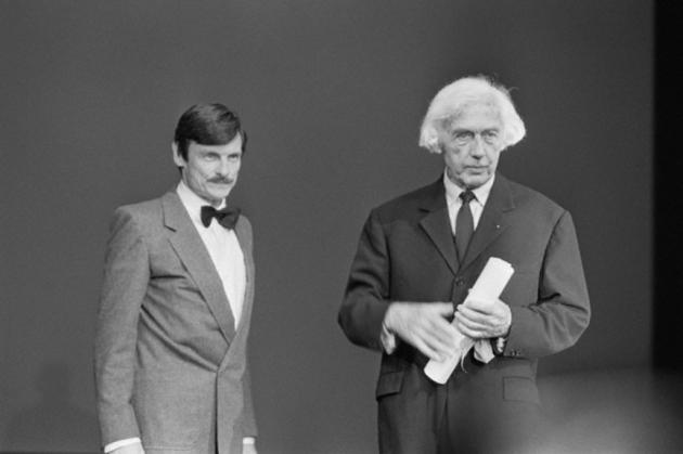 Андрей Тарковский и Робер Брессон на церемонии награждения Каннского кинофестиваля. 1983