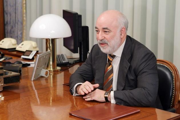 Глава группы компаний «Ренова» В.Ф.Вексельберг