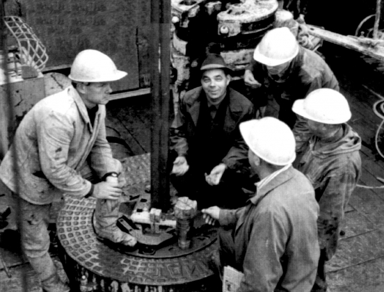 22 июня 1960 года — день рождения большой нефти Сибири. Первый фонтан ударил в затерянном в тайге посёлке Шаим