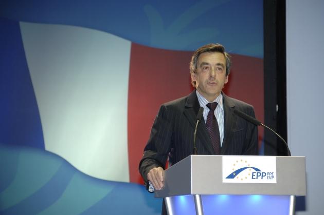Франсуа Фийон, говоря о Крыме, напомнил о признании независимости Косово