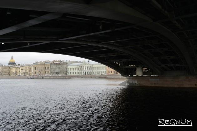 Пролет Благовещенского моста