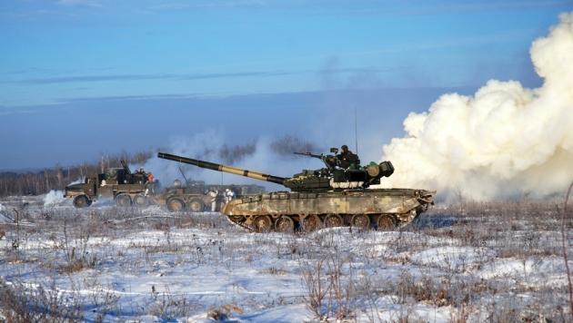 К взорвавшимся на Украине складам подтянуты танки
