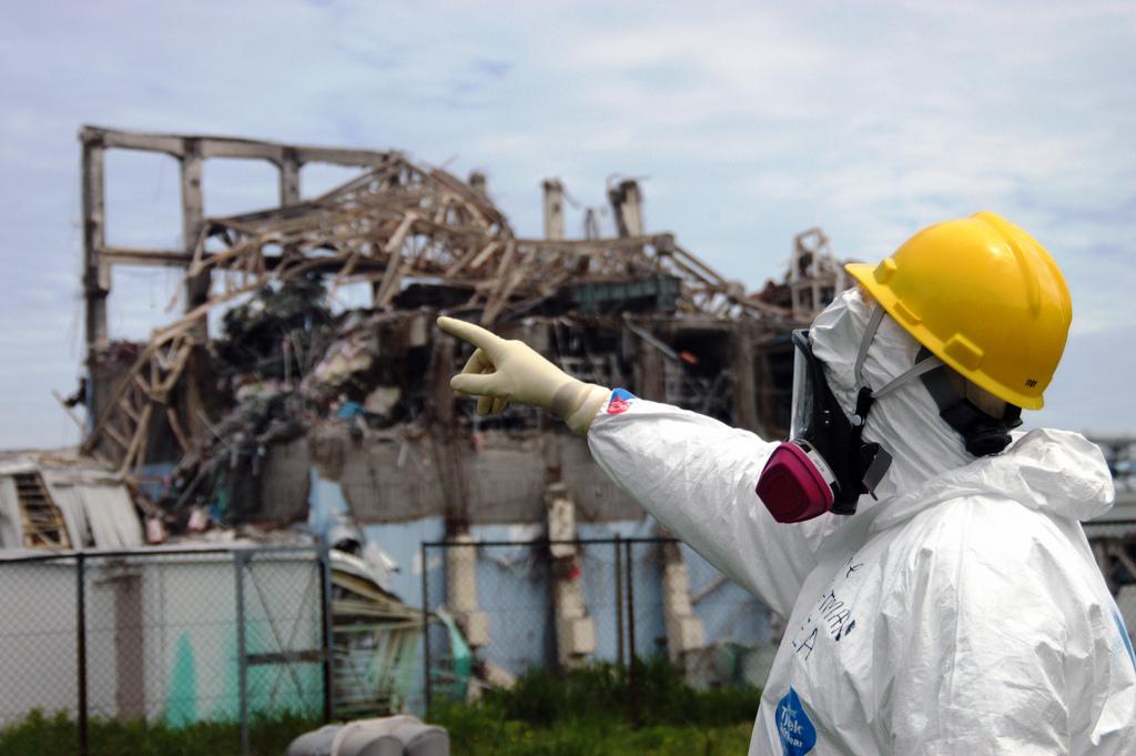 Разрушенный 3-й энергоблок АЭС «Фукусима». 27 мая 2011 года
