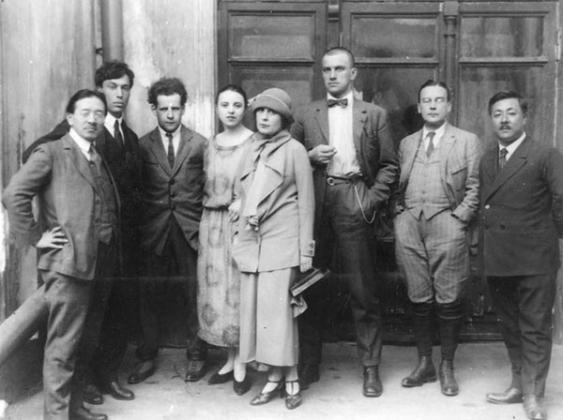 Режиссер Сергей Эйзенштейн и поэт Владимир Маяковский активно сотрудничали с Пролеткультом
