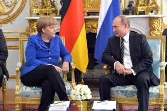 Ангела Меркель и Владимир Путин. Фото: пресс-служба Кремля