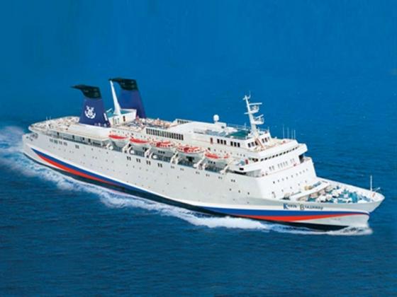 Цену круиза на лайнере из Сочи в Крым поставили в зависимость от сезона