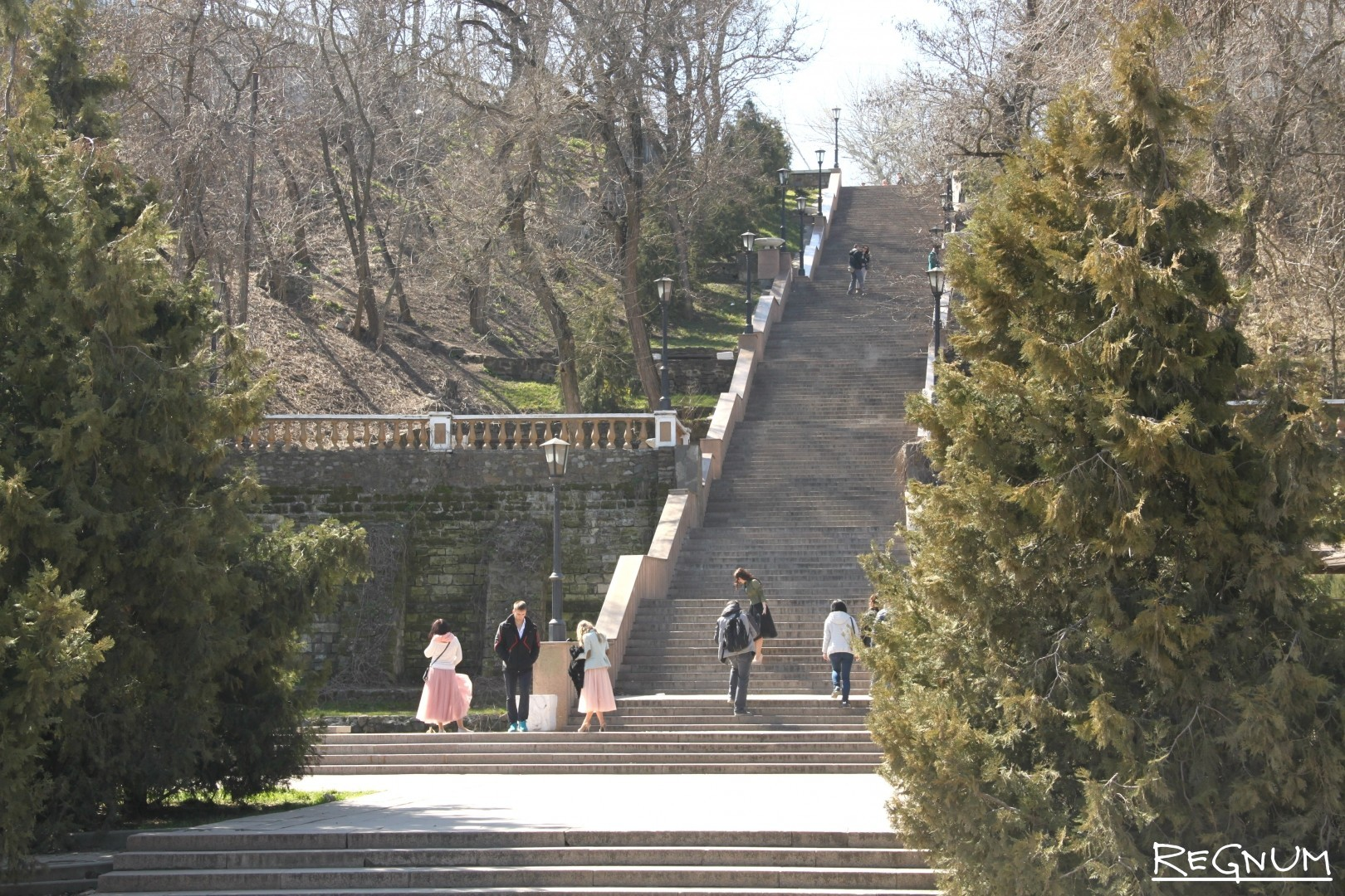 лестница знакомство каменная