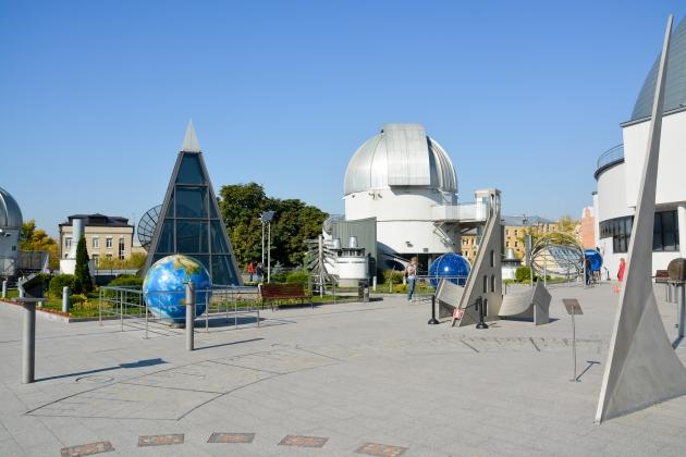 Московский планетарий впервые начнет проводить концерты на крыше
