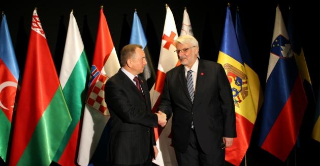 Два министра в Варшаве — белорусский (слева) и польский