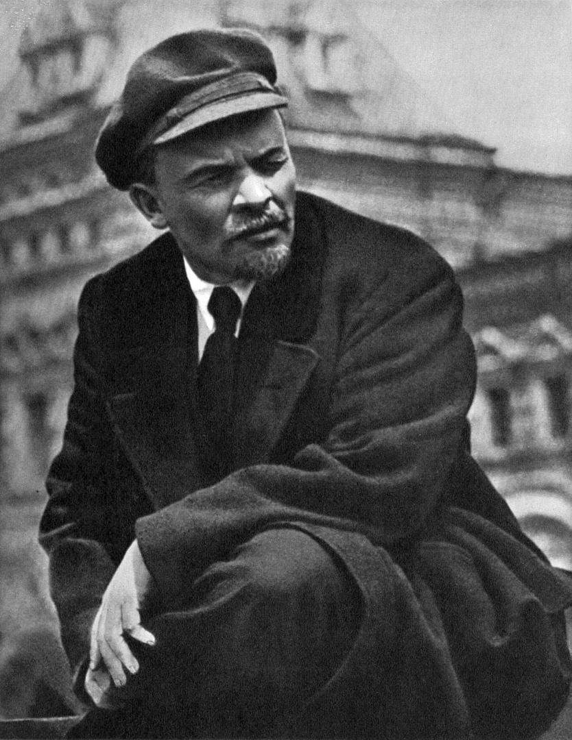 Мерзавцы предложили провокацию о перезахоронении Ленина — Зюганов ...