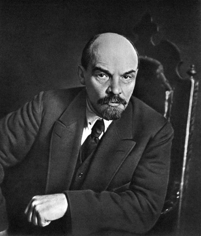 Ленин — «не реликвия»: опрос