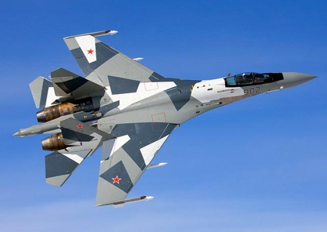 Новейший истребитель Су-35C ВКС России