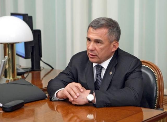 Глава Татарии отчитался о доходах своей семьи за 2016 год