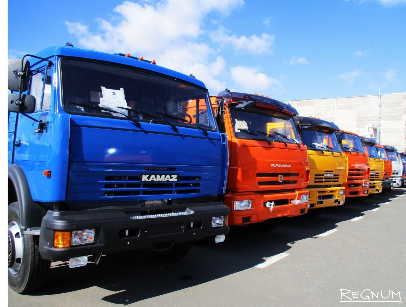 С приходом нового мотора и новой кабины старый модельный ряд КамАЗ сохранится