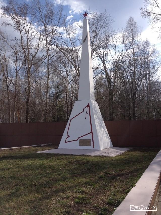 Бессмертный подвиг и утраченный памятник: фоторепортаж с Урала