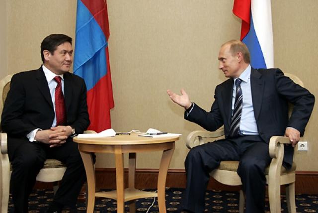 Намбарын Энхбаяр и Владимир Путин. 2005