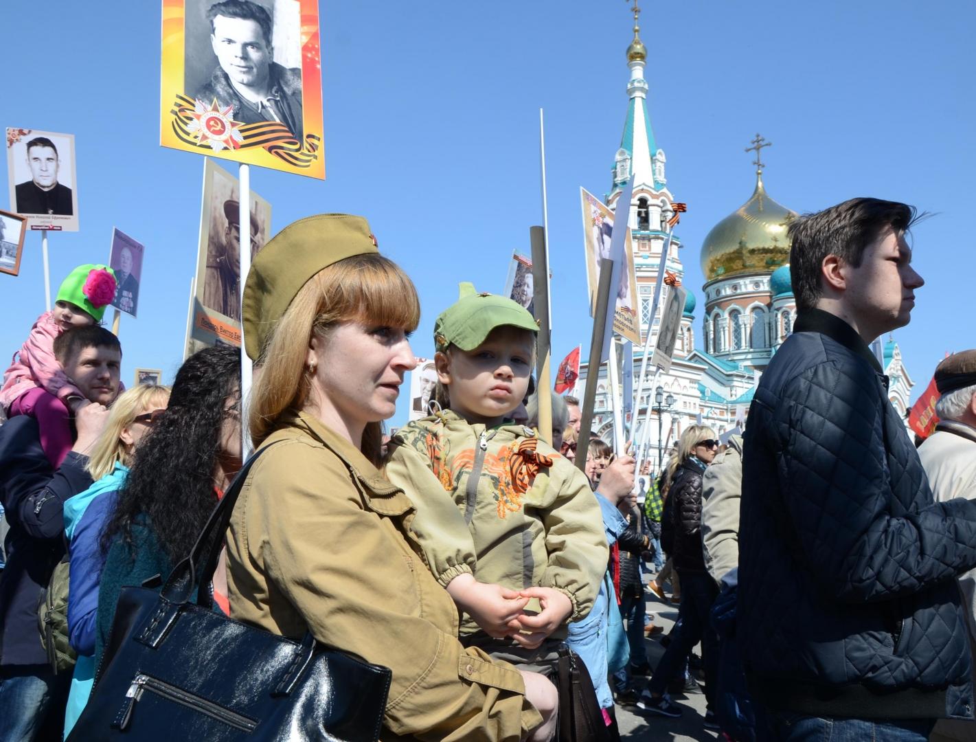 В акции «Бессмертный полк» в Омске принимали участи не только взрослые, но и дети