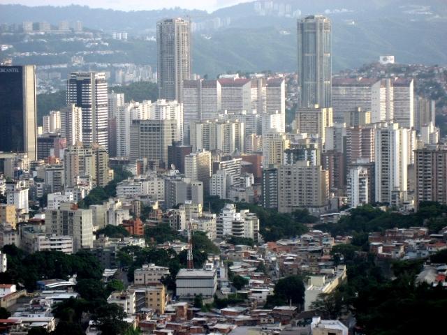Инфляция в Венесуэле с начала года превысила 90%