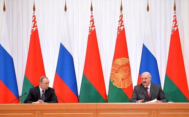 Владимир Путин и Александр Лукошенко на заседании Высшего Госсовета Союзного государства России и Белоруссии
