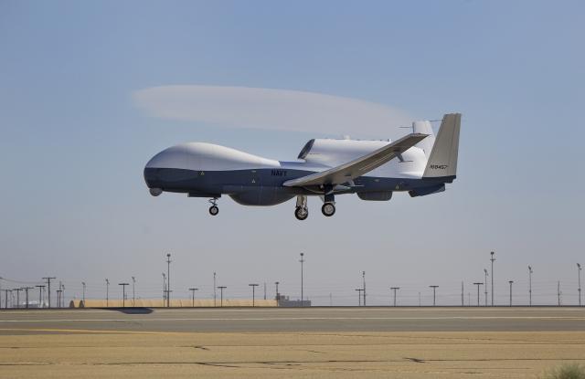 ВМС США заказало поставку новой партии беспилотников MQ-4C Triton