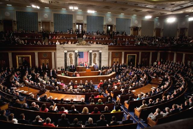 Экс-глава ФБР готов выступить на открытых слушаниях в Сенате США