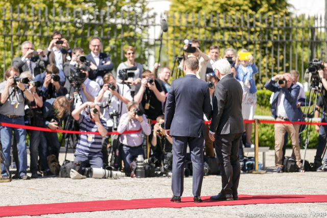 Когда Варшаву поставят перед фактом необходимости перехода на евро?