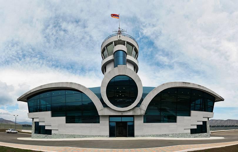 Здание аэропорта в Степанакерте
