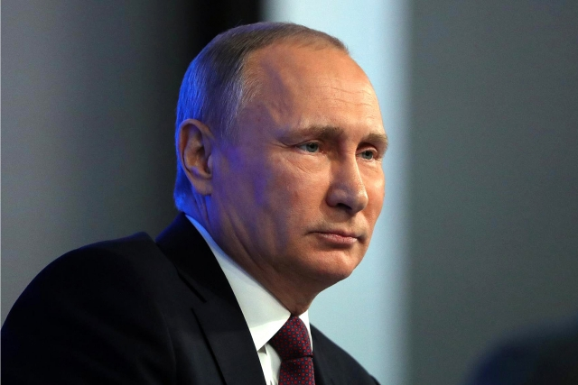 Путин: Россия считает бессмысленным вмешательство в чьи-либо выборы