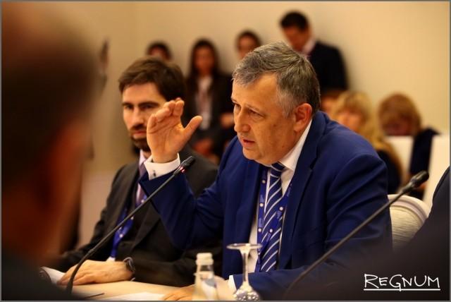 Александр Дрозденко на ПМЭФ-2017