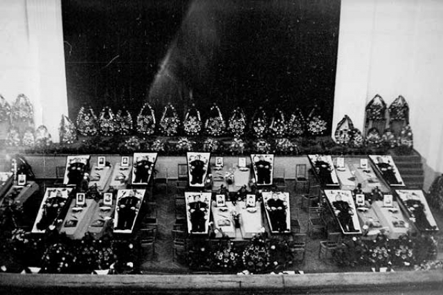 Погибшие моряки К-56
