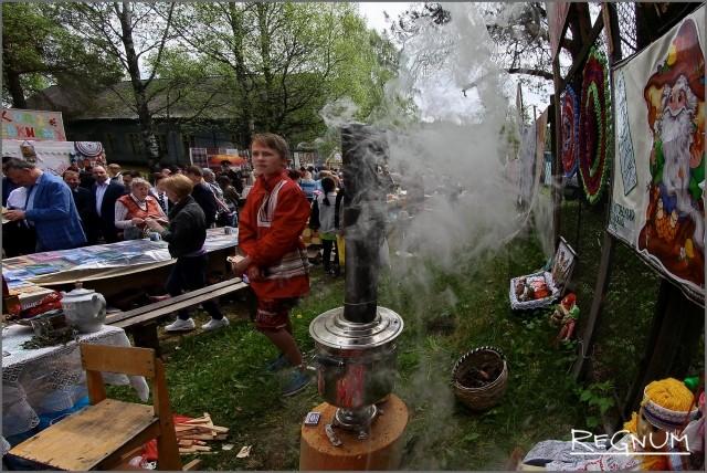 Вепсский праздник «Древо жизни» в селе Винницы