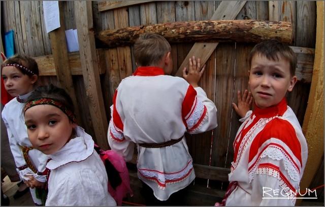 Школьники приняли участие в празднике «Древо жизни»