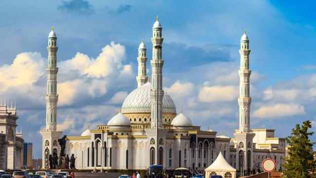 Астана. Мечеть Хазрет Султан